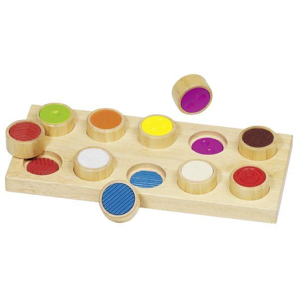Παιχνίδι αφής σε ξύλινη βάση